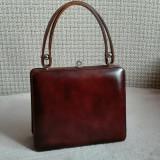 Superbă geantă de damă, poşetă vintage, piele.