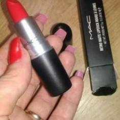 Ruj Mac Cosmetics MAC Russian Red