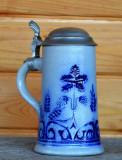 Halba veche de bere decorata cu motive vegetale,  in stil Art - Deco