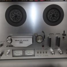 Magnetofon Akai GM 40000 plus benzi. In stare foarte buna.
