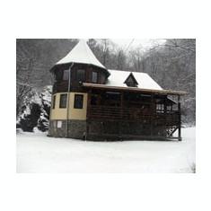 Închiriez cabană pentru Revelion la Mărişel, Cluj - Casa de inchiriat, Numar camere: 6, 300 mp, Suprafata teren: 1000