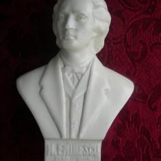 STATUIETA BUST M. EMINESCU - Sculptura