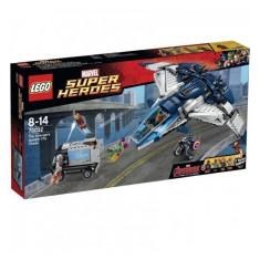 Urmarire in oras cu Quinjetul Razbunatorilor 76032 Super Heroes LEGO - LEGO Super Heroes