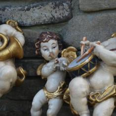 Lot 3 cupidoni vechi, amorasi, ingeri, realizati manual din lemn sculptat