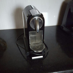 [ Aproape Nou] Aparat de cafea Nespresso - Espressor Cu Capsule Alta