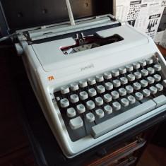 Masina scris TRIUMPH-ADLER Junior - Masina de scris