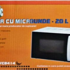 Cuptor cu microunde Victronic VC8418 20litri, 700 W