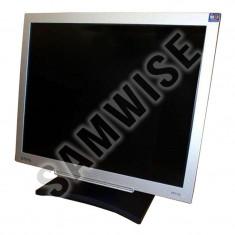 Monitor LCD Benq 17