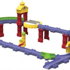 Set Chuggington Die-Cast Stack Track - Orasul vechi - Trenulet