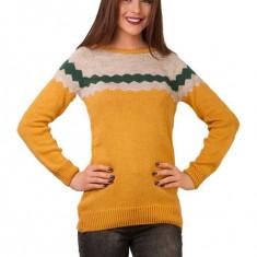 Pulover galben cu model geometric - toamna-iarna