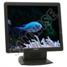 Monitor LCD Hyundai X71S, 17