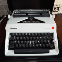 Masina scris OLYMPIA MONICA - Masina de scris
