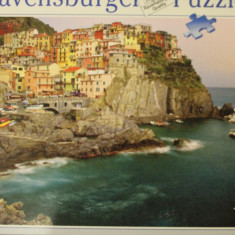 Ravensburger PUZZLE 2000 piese, size ca. 98 x 75 cm, No. 166152 Made in Germany, Carton, 2D (plan)