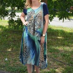 Rochie lunga, vaporoasa, de culoare bleumarin-turcoaz - Rochie de zi
