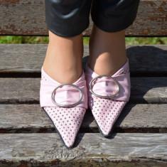 Papuci femei, de culoare roz, cu toc subtire si varf ascutit - Papuci dama