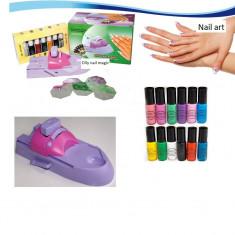 Aparat Nail Magic pentru decorarea unghiilor - Trusa manichiura