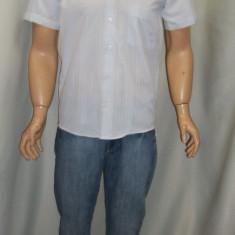 Camasa alba sau gri, model casual, cu imprimeu in tesatura