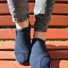 Pantof sport din piele intorasa, culoare bleumarin cu fermoar