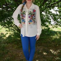 Camasa casual cu maneca lunga, culoare alba cu flori colorate - Bluza dama, Din imagine, Nylon