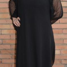 Rochie neagra de ocazie, din material elastic lucios si voal peste - Rochie ocazie
