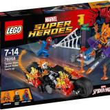 LEGO® Super Heroes Omul Paianjen: Alaturarea fortelor Calaretului fantoma 76058