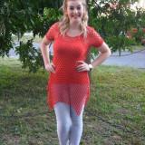 Bluza fashion de dama, rosie, model ajurat, design in colturi