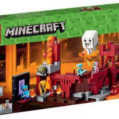 LEGO® Minecraft Fortareata din Nether 21122
