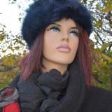 Caciula din blana artificiala, calduroasa, de culoare bleumarin