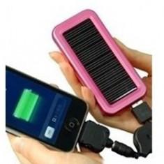 Incarcator solar pentru telefon