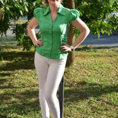 Camasa cu design cret. nuanta de verde. maneci scurta, nasturi fini - Camasa dama