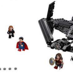LEGO® LEGO® Super Heroes 76046 Batalia din ceruri