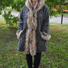 Jacheta usoara si confortabila din lana, culoare gri, masura mare - Jacheta dama