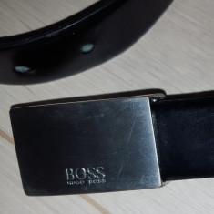 Curea originala Hugo Boss cu catarama 2 cutitase - Curea Barbati, Marime: 100cm, Culoare: Negru