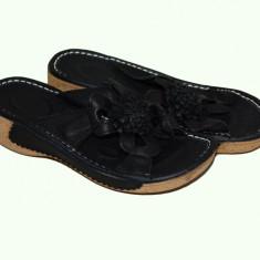 Papuc rafinat de vara, culoare neagra, cu talpa ortopedica - Papuci dama