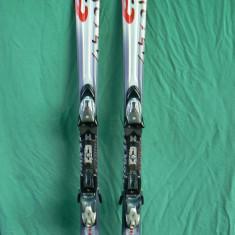 Schiuri Atomic E5.Ti 158 cm cu legaturi Atomic Device 310 in stare buna - Skiuri