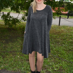 Rochie scurta de zi, masura mare, din material usor elastic gri - Rochie tricotate