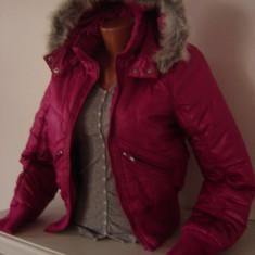 Geaca Vero Moda M iarna material gore tex roz ciclam blanita gri - Geaca dama Vero Moda, Marime: M