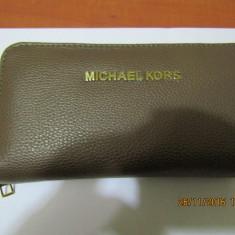 PORTOFEL MICHAEL KORS -MODEL NOU - DIMENSIUNE 20 X 10 CM- - Portofel Dama Michael Kors, Culoare: Din imagine, Cu fermoar
