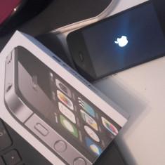 iPhone 4s Apple, 8 GB, liber retea, husa gratuit, Negru, Neblocat