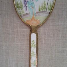 Oglinda veche de mana japoneza deosebita, ceramica in cadru metalic fara oglinda