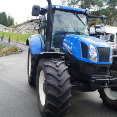 New Holland T6-165 - Camion
