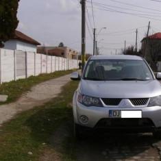 Masina Ta, An Fabricatie: 2008, Motorina/Diesel, 98000 km, 1989 cmc, OUTLANDER