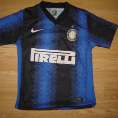 Tricou FC Internazionale Milano nr 22 Milito - marimea 104 stare buna, Tricouri, Masura unica, Fotbal