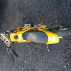 Vand motocicleta 2 timpi(pt copii) - Motocicleta Honda