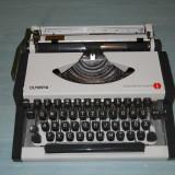 Masina de scris OLYMPIA Traveller de luxe S