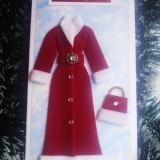 """Felicitare handmade """"Feerie de iarna"""" haina rosie cadou de Craciun blanita NOU"""