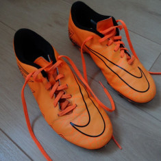 Ghete Originale Nike Fotbal Marimea 38, 5 Germania - Ghete fotbal Nike, Culoare: Orange