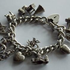 Bratara de argint cu charmuri-722 - Bratara argint