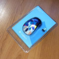 Mouse Wireless LOGITECH M238 Play Collection - Blue, editie limitata, Optica, 1000-2000