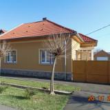 Casa / Vila de Vanzare + Teren - Casa de vanzare, 2400 mp, Numar camere: 4, Suprafata teren: 2400